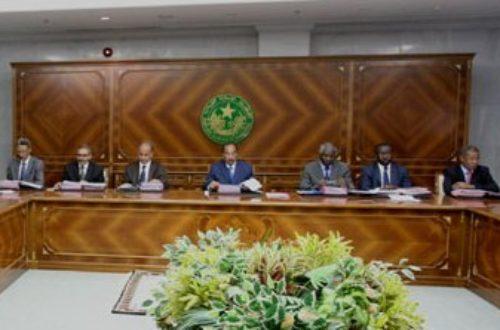 Article : Mauritanie : face à la crise, le Pouvoir joue les prolongations