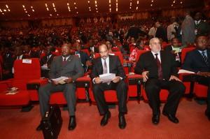 Le président mauritanien au centre (Crédit photo : AMI)