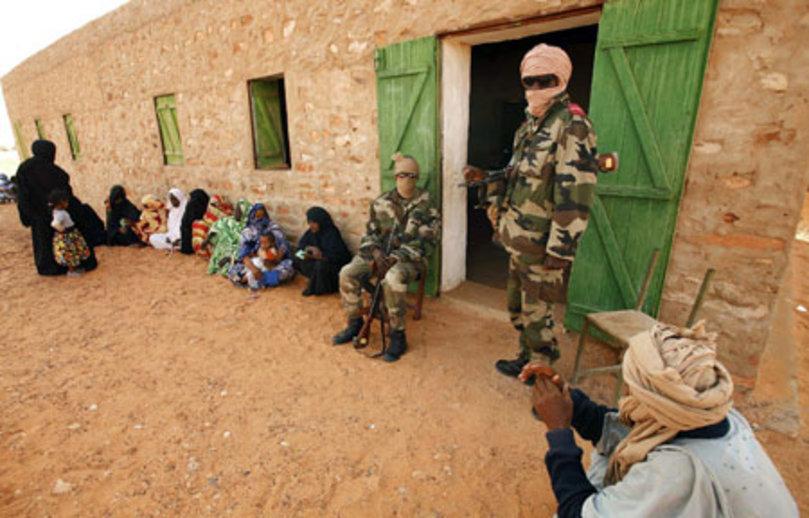 Bureau de vote à l'intérieur du pays (crédit photo: Elhourriya.net)