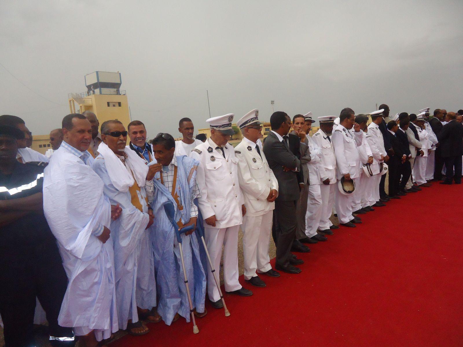 Accueil du Président Aziz à l'aéroport de Néma (photo: El hourriya.net)