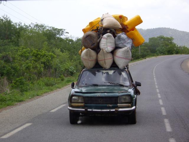 Taxi-brousse (crédit photo: Google)