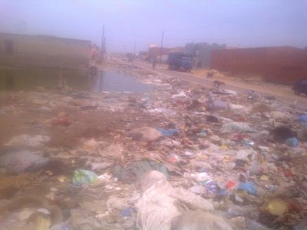 Les ordures, un problème de santé publique à Rosso (photo: Sneiba)