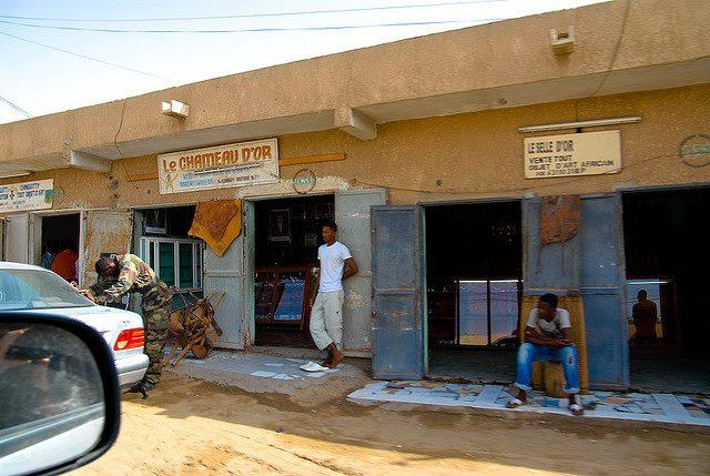 Commerces d'artisanat à Nouakchott (crédit photo: Ali Baba)