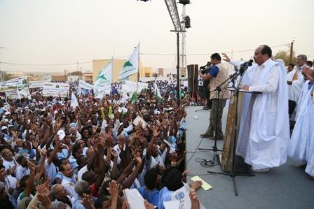 Meeting du candidat Aziz (photo : campagne)