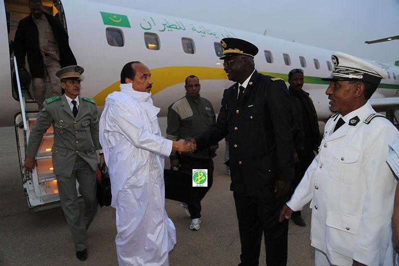 Arrivé du président Aziz à Atar, en route pour Chinguetti (Crédit photo: AMI)