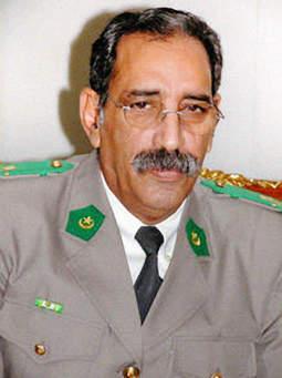 Colonel Ely, président de la transition militaire 2005-2007
